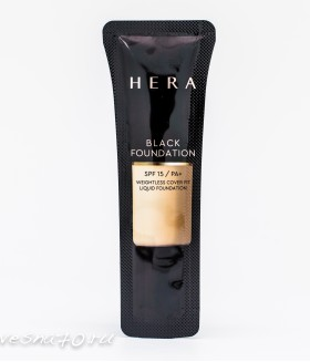 HERA Black Foundation SPF15/PA+
